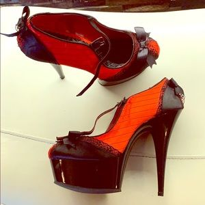 Stripper style shoes